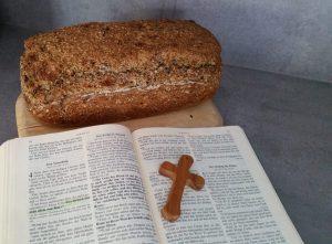 Predigt zu Lukas 12 Brot Bibel Bibeltext Dankbarkeit Erntedank